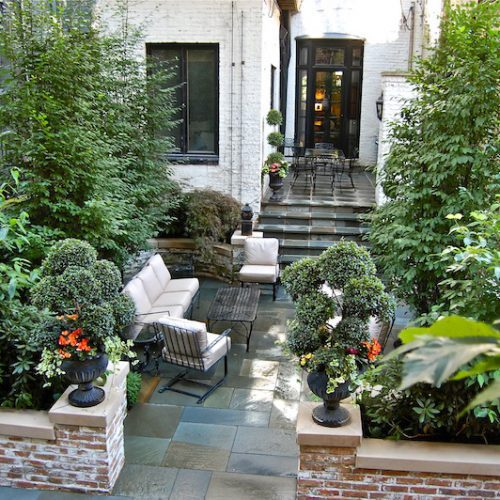 Gold Coast Privacy - Chicago Landscaping Project