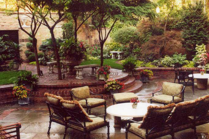 Entertainer's Haven - Chicago Landscaping Project