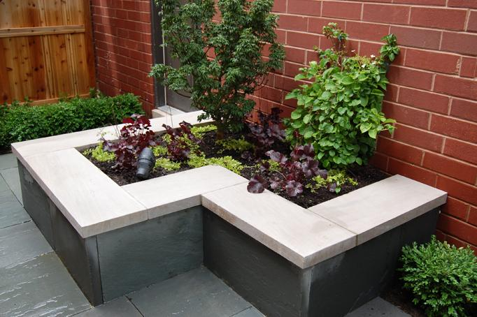 Airy Atrium - Chicago Landscaping Project
