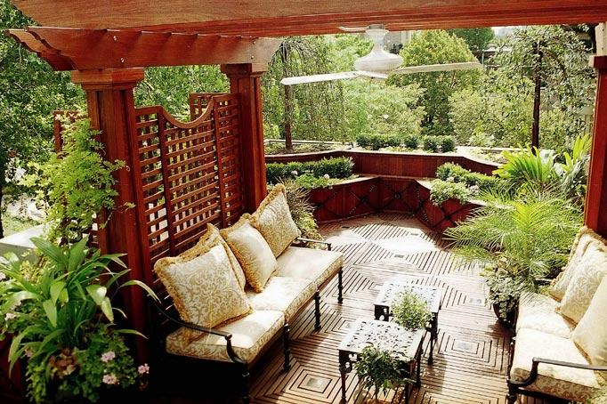 Romantic Retreat - Chicago Roof Deck Project