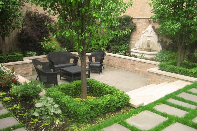 Courtyard landscape design botanical concepts chicago for Courtyard landscaping