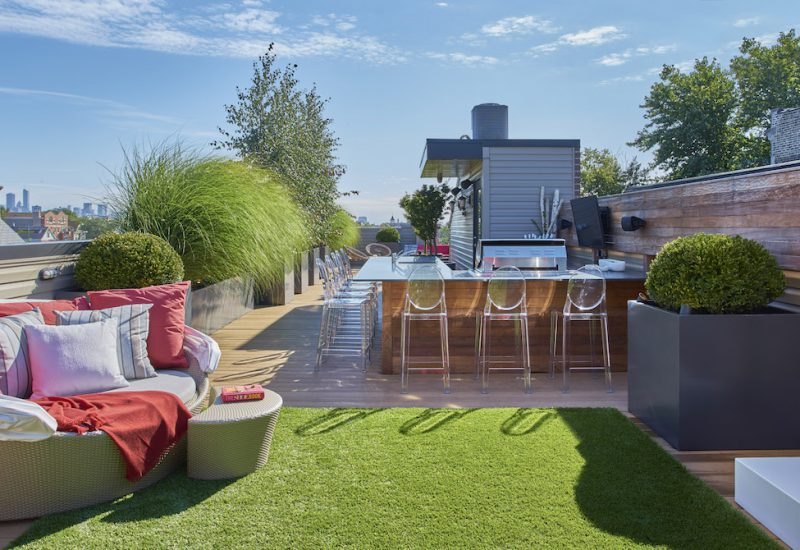Sophisticated Family Retreat - Chicago Roof Deck Project