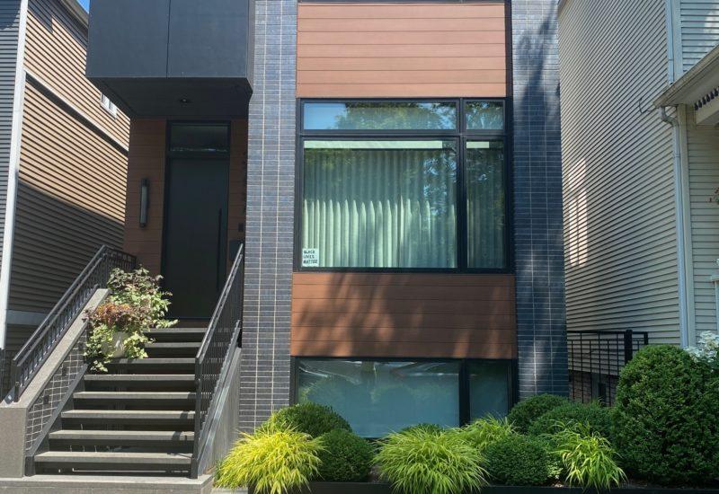 Chicago Grade Level Yard Design